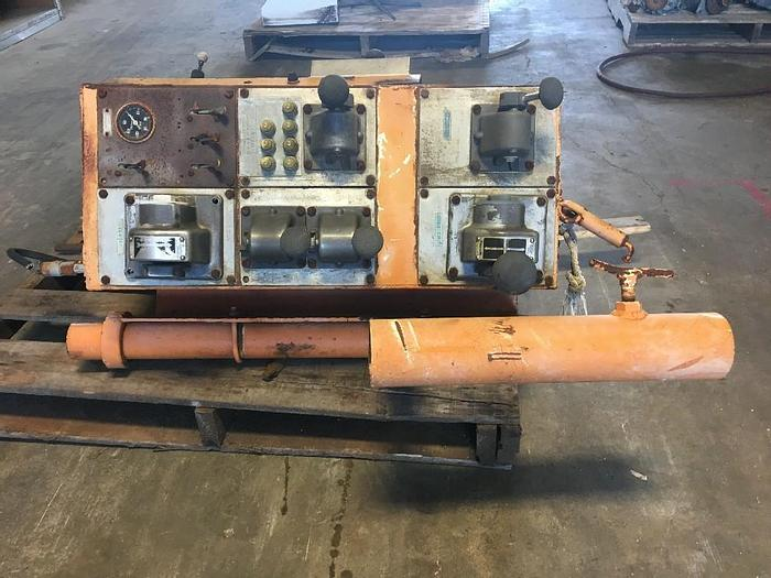 Used USED WORKOVER RIG CONTROL PANEL DRUM CLUTCH CONTROL,  CONTROL, WINCH CONTROL. SLIPS.