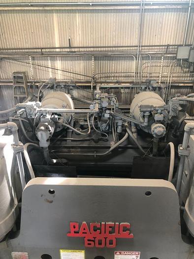 1954 600 Ton Pacific 600-10 Hydraulic Press Brake