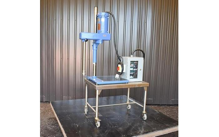 USED IKA ULTRA TURRAX HOMOGENIZER WITH VARIABLE SPEED