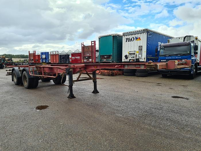 Used 1980 Fruehauf  ED 32 PC Container chassis 40ft. / 30ft. / 20ft.