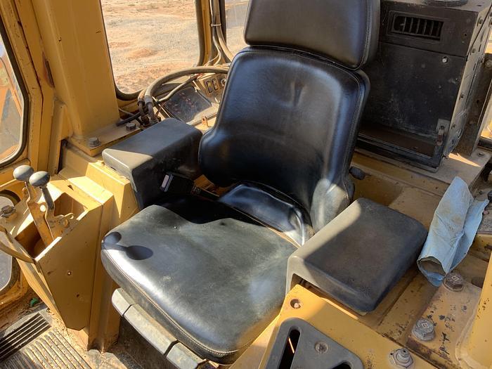 1995 CAT 953B