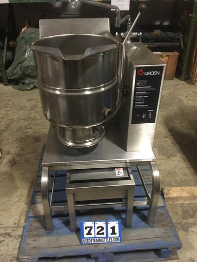 Used GROEN TDH-40 TRUNNION STYLE STEAM KETTLE, NAT. GAS w/ S/S STAND & 2 TEMP WATER FILL FAUCET.