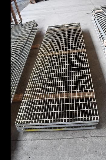 Used bar grating for sale, bar grating serrated , galvanized bar grating