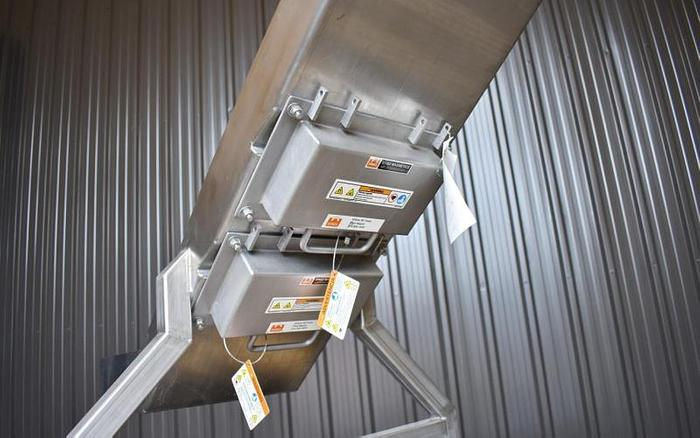 USED ERIEZ MAGNETIC STAINLESS STEEL GRAVITY SORTING CHUTE