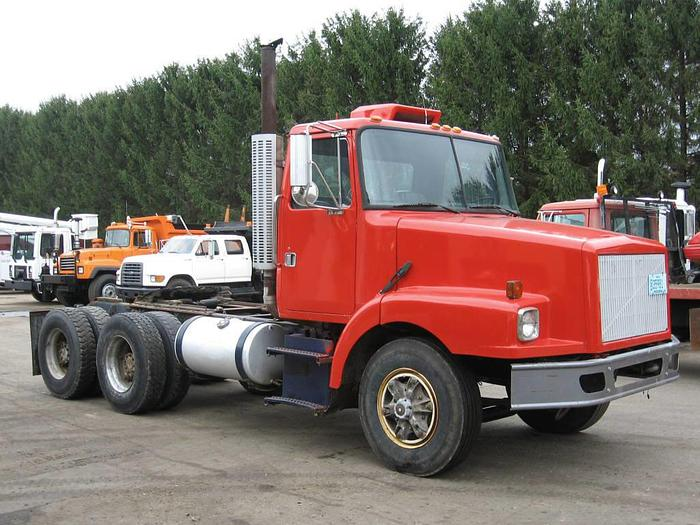 1993 Volvo WG64T- Stock #: 4017