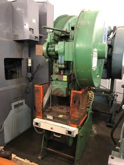 "Used 45 Ton, NIAGARA, 3.5"" STROKE, 12"" SHUT HEIGHT, 28"" X 18"" BED [5191]"