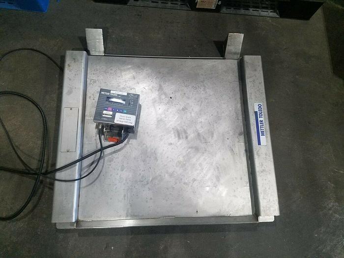 Used Mettler Toledo Floor Scale 10
