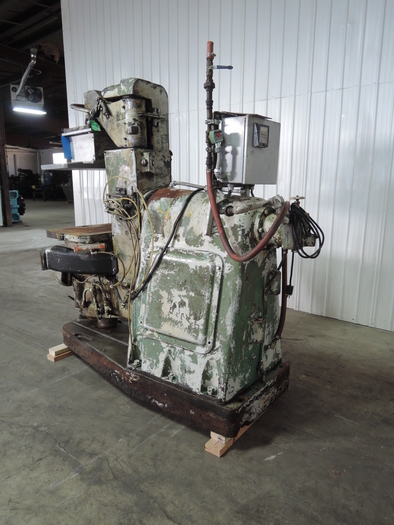 BRITISH MOLDING MACHINE TYPE BT1 MANUAL MOLDING MACHINE