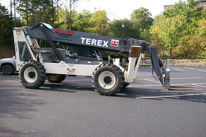 2005 TEREX TH-1056C