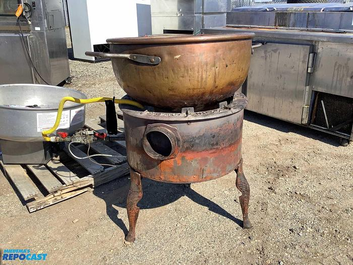 Used Savage Bros NO.22 Gas Candy Stove With Copper Kettle
