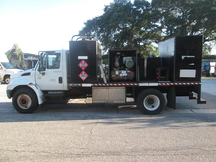 Used 2006 International 4300 Fuel and Lube Truck