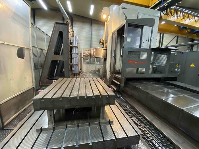 Usato FRESATRICE A MONTANTE MOBILE FPT RONIN M 60 CNC