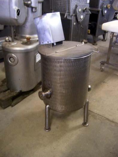 Used Mixer z mieszadłami łopatkowymi do sporządzania panieru