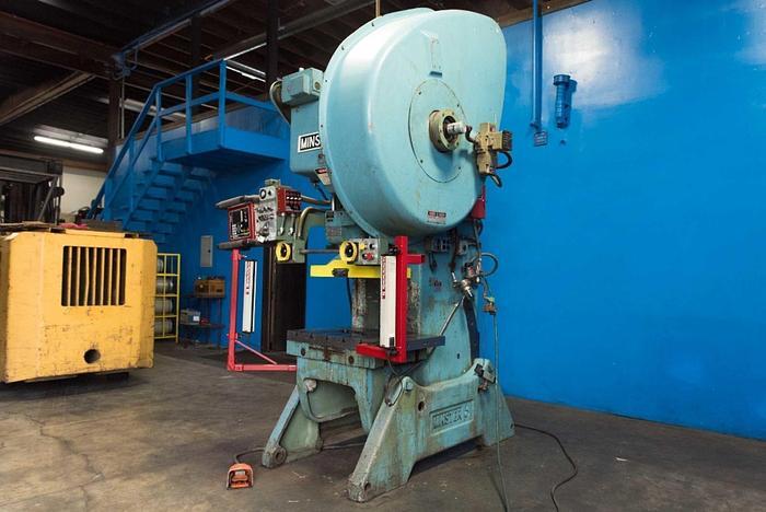 """Used Minster #6 OBI Punch Press 60 Ton x 32"""" x 21"""" #5921"""