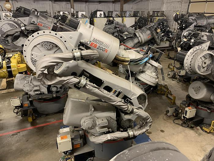 Used MOTOMAN ES200N 6 AXIS 200KG X 2,651MM HIGH REACH ROBOTS (40) AVAILABLE NX-100 CONTROLLERS