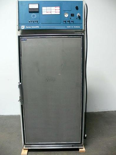 Used Forma 3940 Low Temp Incubator /  Environmental Chamber  Temp. 0 - 60 ºC