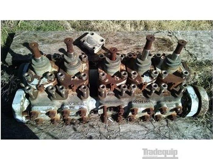 Used GARDNER DENVER QAFB Mediu pressure fluid - Quintuplex Pumps