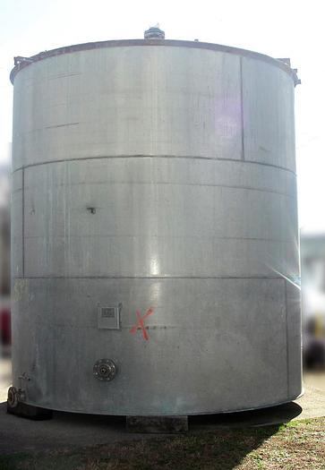 Used 9,750 GALLON VERTICAL TANK - 304 S/S (#9869)