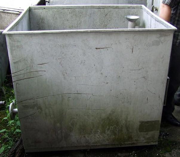 Zbiornik nierdzewny z nagrzewnicą płytową - Nagema