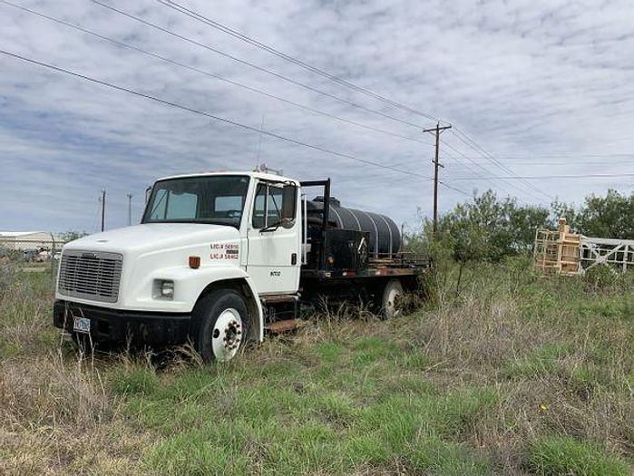 Used 2003 Freight Liner Truck
