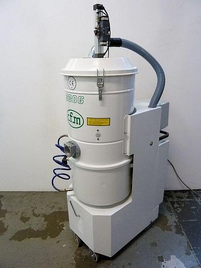 Used S 14909 E - Dust Extractor NILFISK CFM 3306