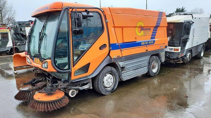 Gebruikt 2011 Johnston CX400