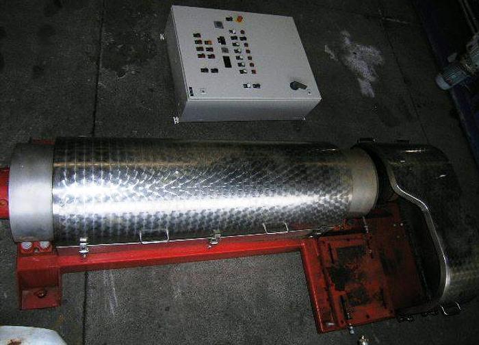 Used DDS 142C sludge dewatering decanter