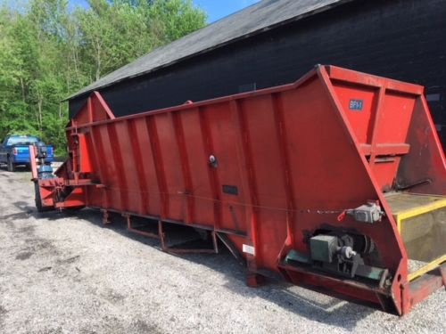Hopper Bin Conveyor Belt Feeder 50 inch x 22 ft belt scrap rubber shred
