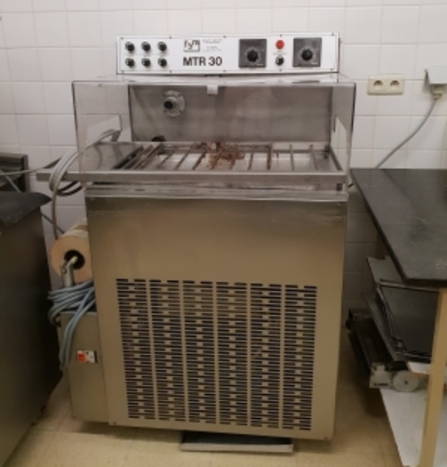 FBM CHOCOLATE TEMPERER/ ENROBING MACHINE