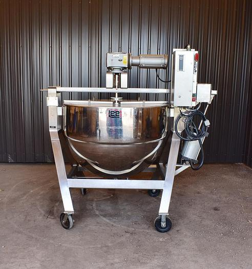 Used USED 200 GALLON LEE INDUSTRIES JACKETED KETTLE, 316 STAINLESS STEEL, WITH TILT-OUT SCRAPE AGITATOR