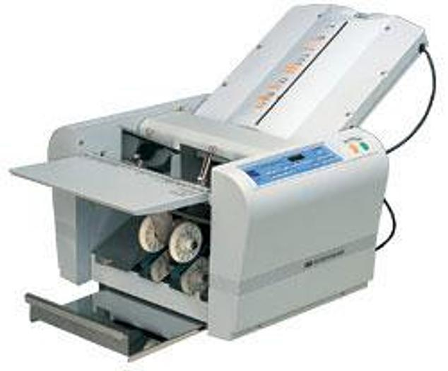 Uchida F43N Paper Folding Machine