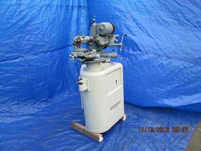 PRATT AND WHITNEY MODEL R-6 TOOL AND CUTTER AND RADIUS GRINDING MACHINE