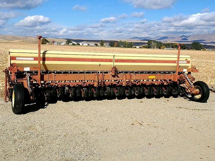 Used 20' Krause 5200 No-Till Grain Drill