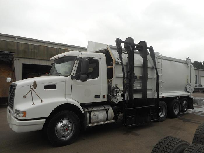 Used 2008 Volvo VHD-64-T- Stock #: 5062
