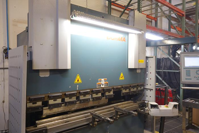 2008 Durma 6′ 44 Ton 2 Axis CNC Hydraulic Press Brake w Crowining Die