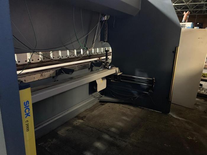 HACO 220 ton x 13' Hydraulic Press Brake