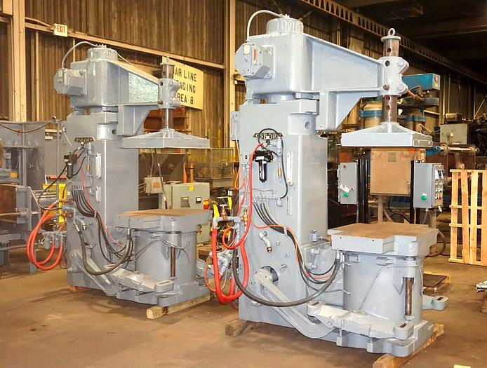 OSBORN 722RJW-A PINLIFT MOLDING MACHINE.
