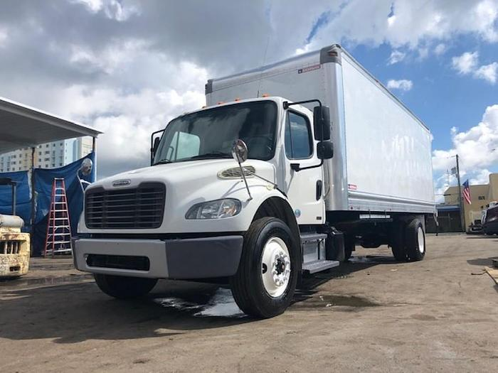 Used 2012 FREIGHTLINER M2 M2106 BOX TRUCK UNDER CDL