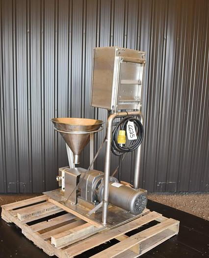 USED SPX R2 ROTARY LOBE PUMP, STAINLESS STEEL, VARIABLE SPEED