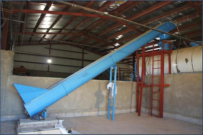 Mixed poultry rendering plant 4MT per shift (Different Capacities Available)