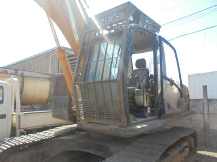 2010 JCB JS 200 LC