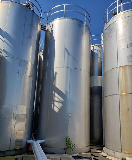 Used 15,000 GALLON MUELLER STAINLESS STEEL ASEPTIC JACKETED VACUUM TANK/REACTOR (#9729) (4 available)