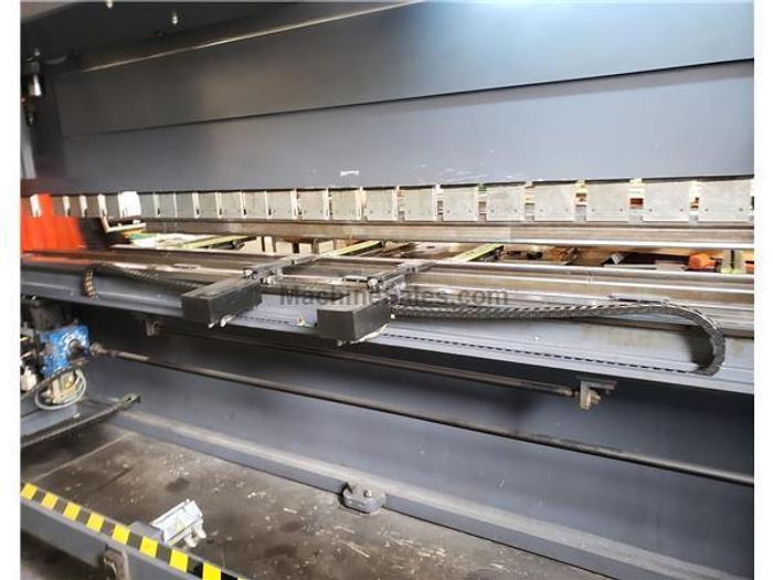 2012 242 Ton x 20' JMT AD-S 60220 CNC Press Brake