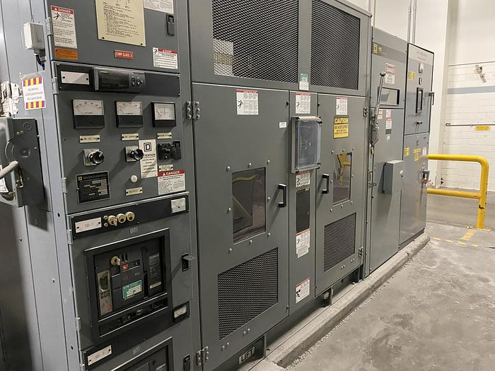 Used SQUARE D COMPANY 750 / 1000 KVA TRANSFORMER W/ BREAKERS AND SWITCH