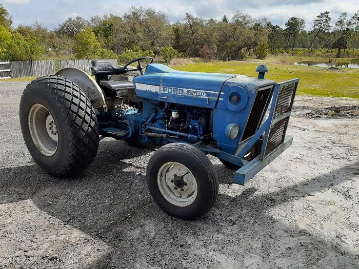 Used 1982 FORD 2600