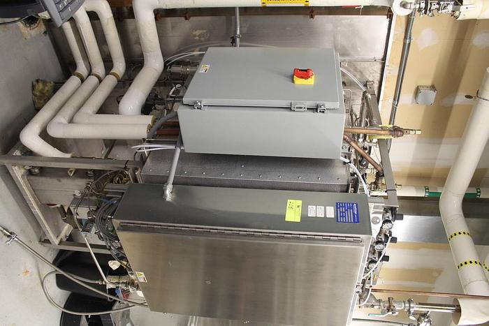 Beta Star Autoclave Sterilizer N262639 with Biocontainment Seal 262639