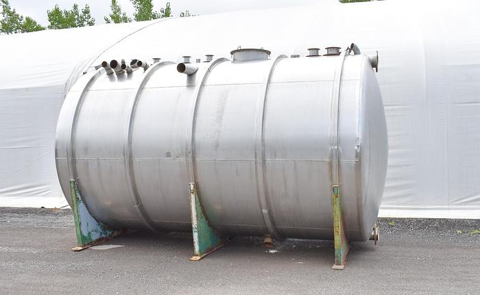 USED 9600 GALLON STAINLESS STEEL TANK, HORIZONTAL