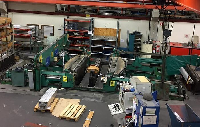 Used 400 Ton Cyril Bath VTL400CJ Sheet Stretch Forming Press