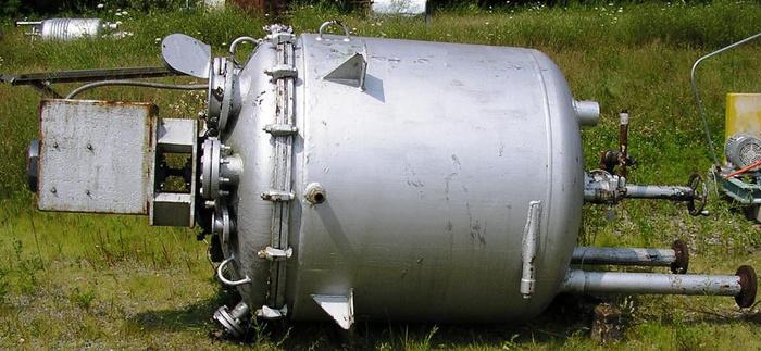 Pfaudler Vertical S.S. Clad Jkt. Vessel 400 Gal. On (4) Pipe Legs.