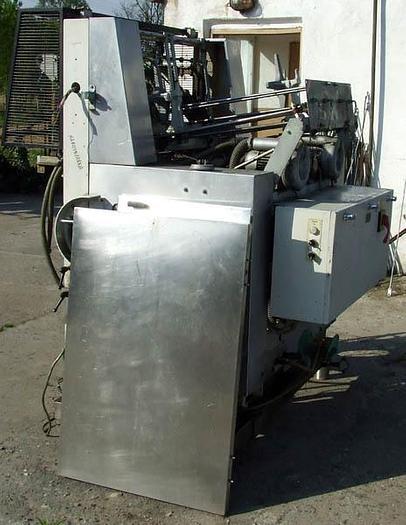 Używane Maszyna do formowania kartonów (kartoniarka)